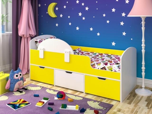 Детская кровать с выдвижными ящиками желтый + белый